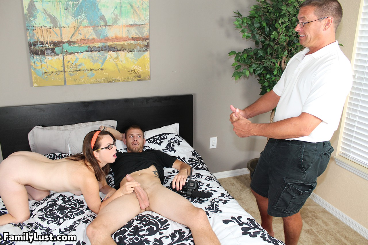 Teen slut Jenni Bliss fucks her stepbrother and stepfather at the same time