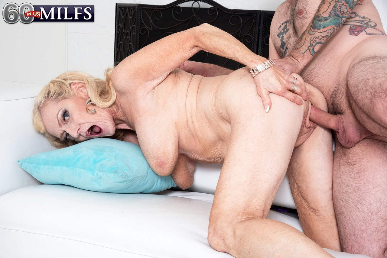 Blonde granny is in urgent need for hard cock - 1 part 7