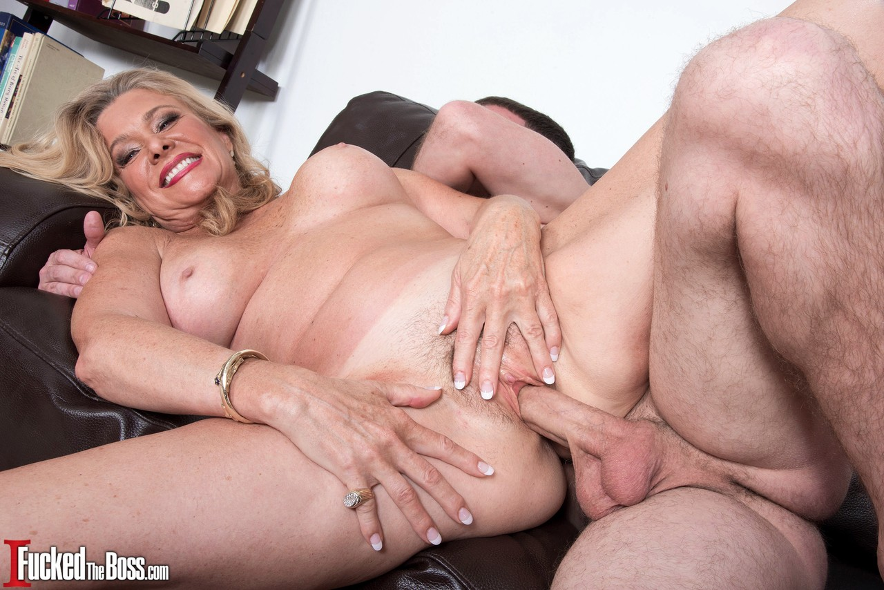 Skinny milf isabella loren with tattooed body and pierced nipples asks to fuck her ass