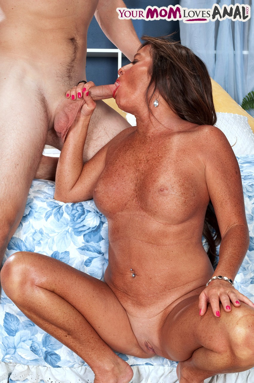 Amazing MILF Debbie gets banged anally after drilling her shaved pussy