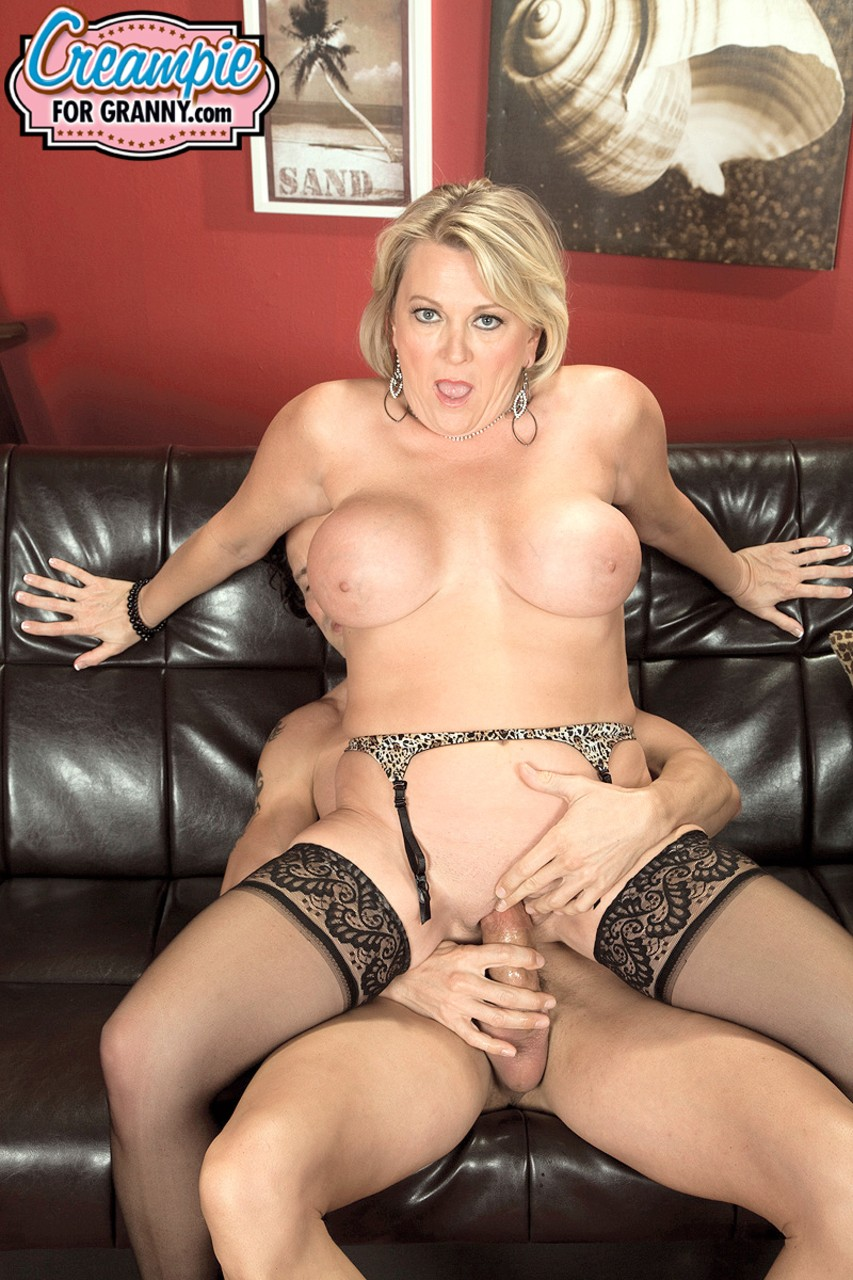 Sexy Porn With Girlfriend's Mom Katie Morgan And Jordi In The Kitchen