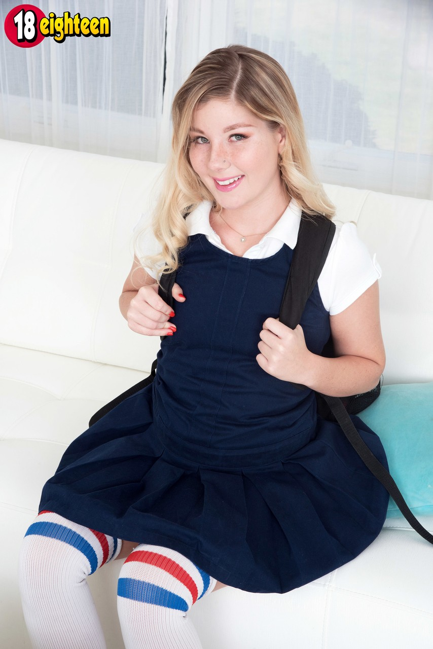 Young blonde girl Vienna Rose bangs her best friends father in OTK socks