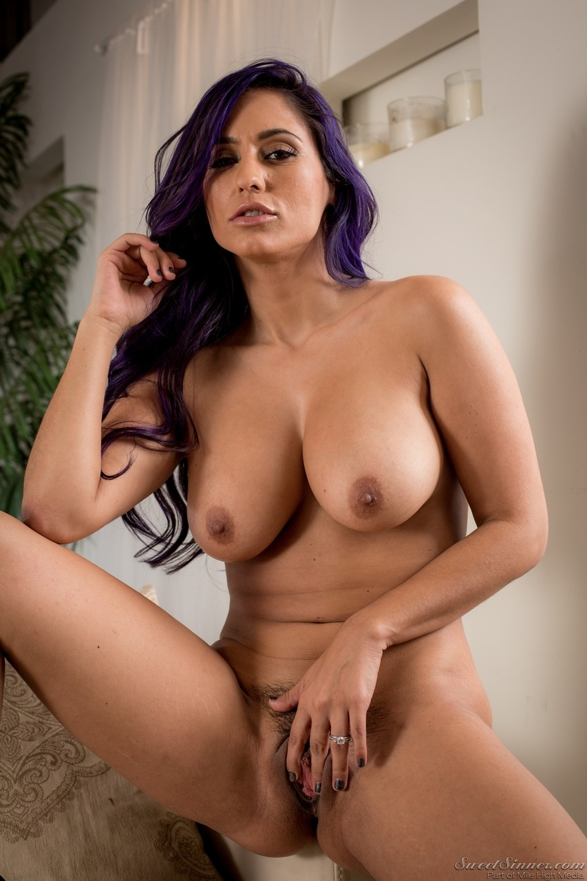 While Reena Sky is fingering her pussy she will play with her natural tits