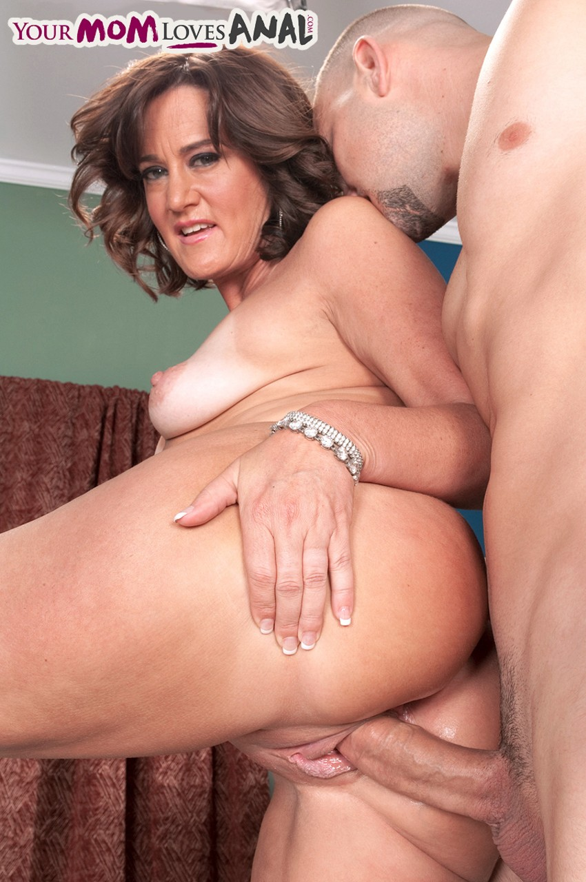 Just a excited milf anal sex paramour craves me to fuck her bruised arsehole