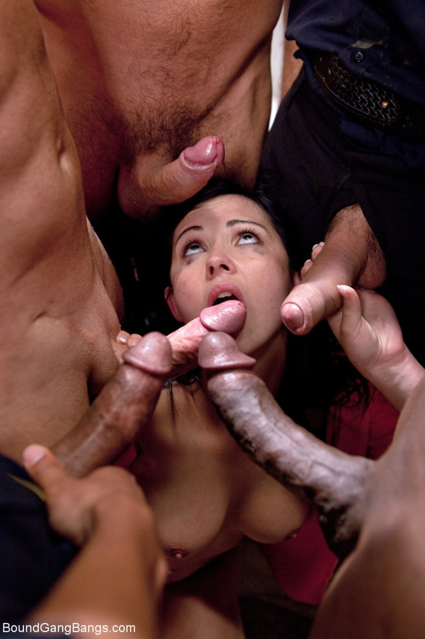 Angell Summers Nue angell summers gets a couple of peckers deep inside of her