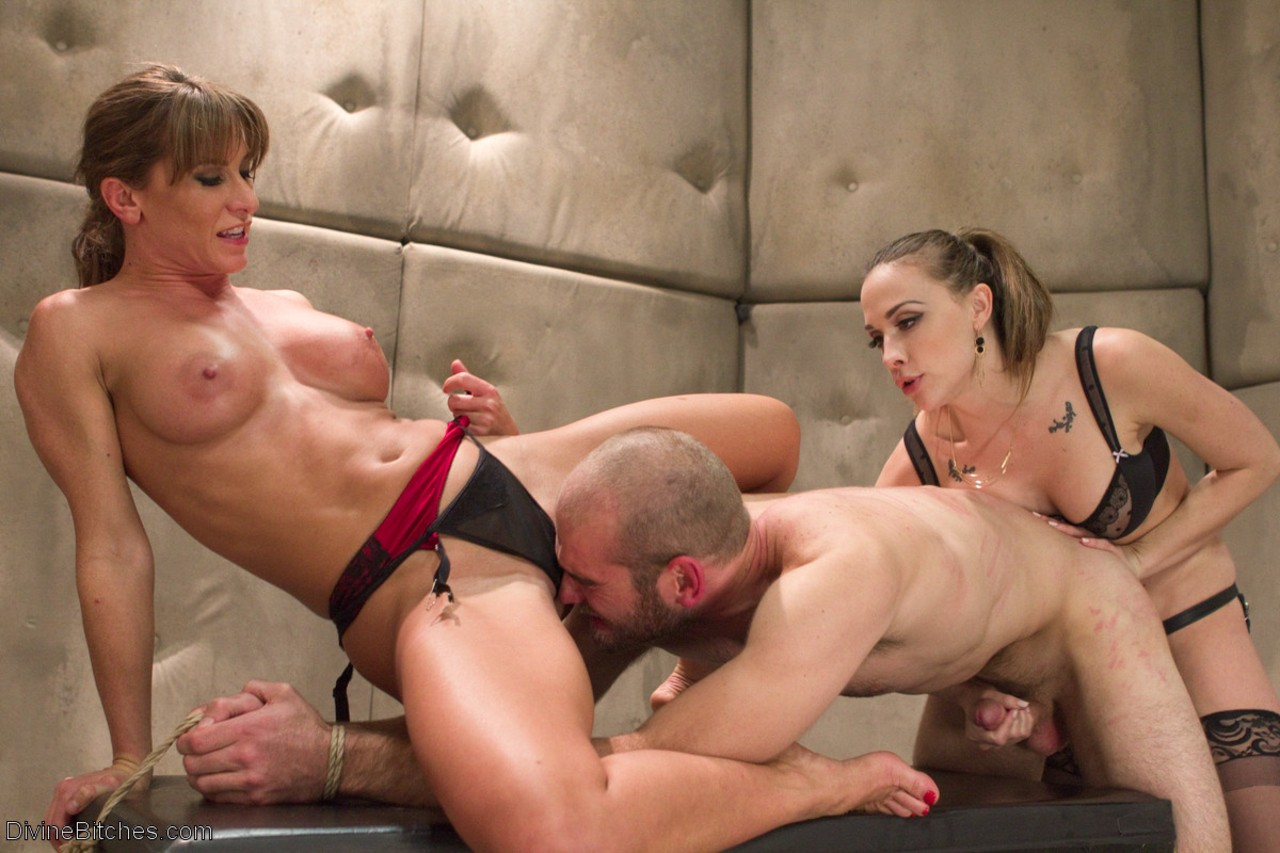 Man came to Chanel Preston and Ariel X not in vain cause they bonked him