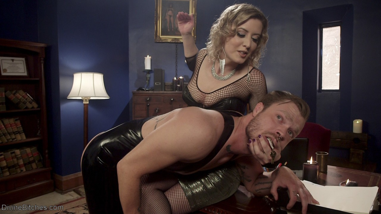 Curly-haired mistress Cherry Torn forces unshaven slave to please her pussy