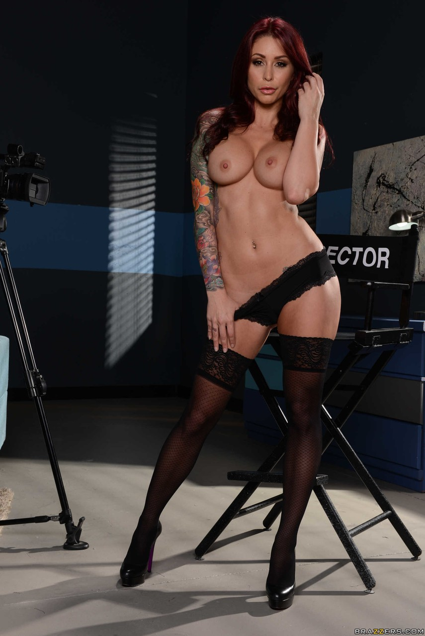 Solo model Monique Alexander slips off overcoat and starts in on her pretties
