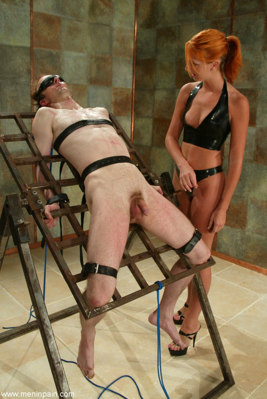 Dominatrix male bondage