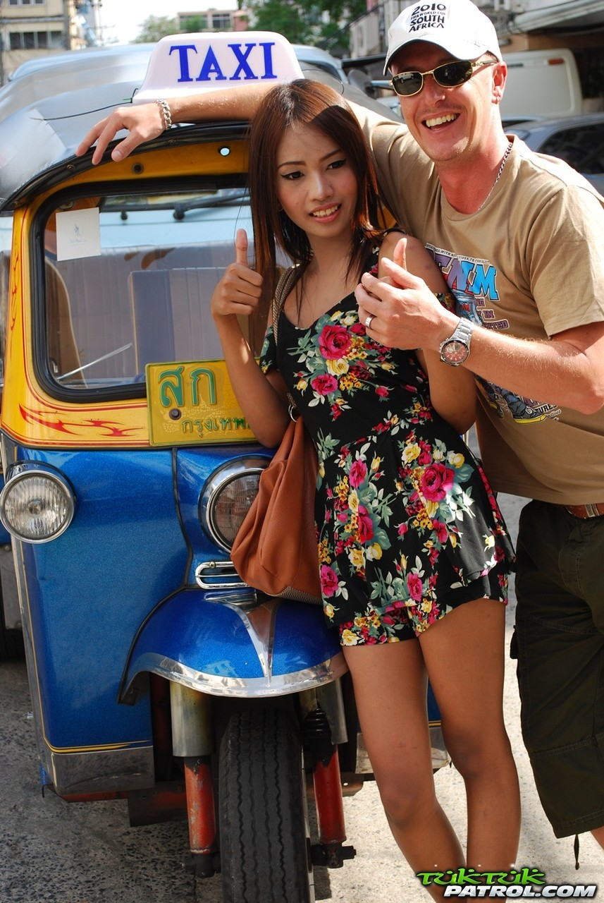 Beautiful teenage Thai babe having steamy sex with a horny tourist