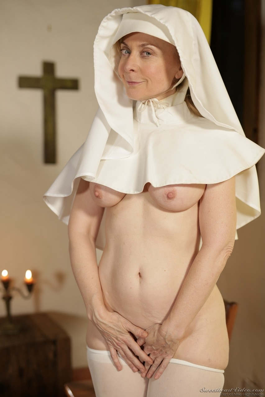 Lusty mature nun with a big booty Nina Hartley pleases herself at the church