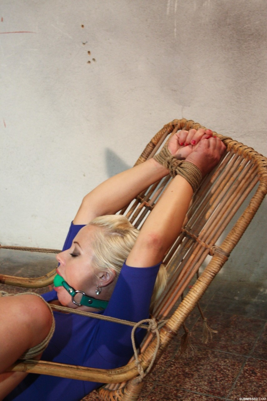Ticklefriends - Veronica's First Time Tied And Tickled - Preview