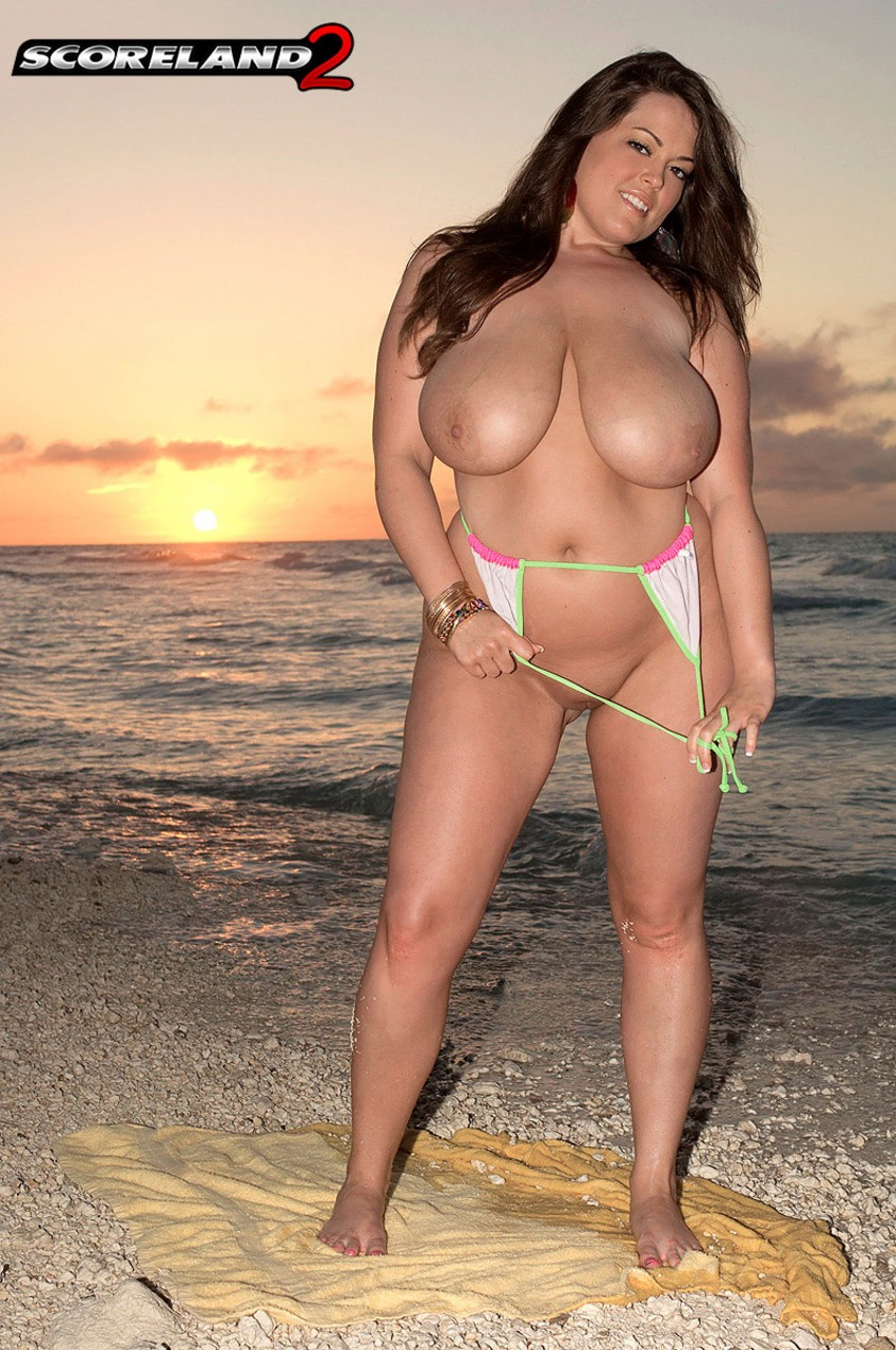 Taylor steele curvy women in sexy bikini congratulate, what