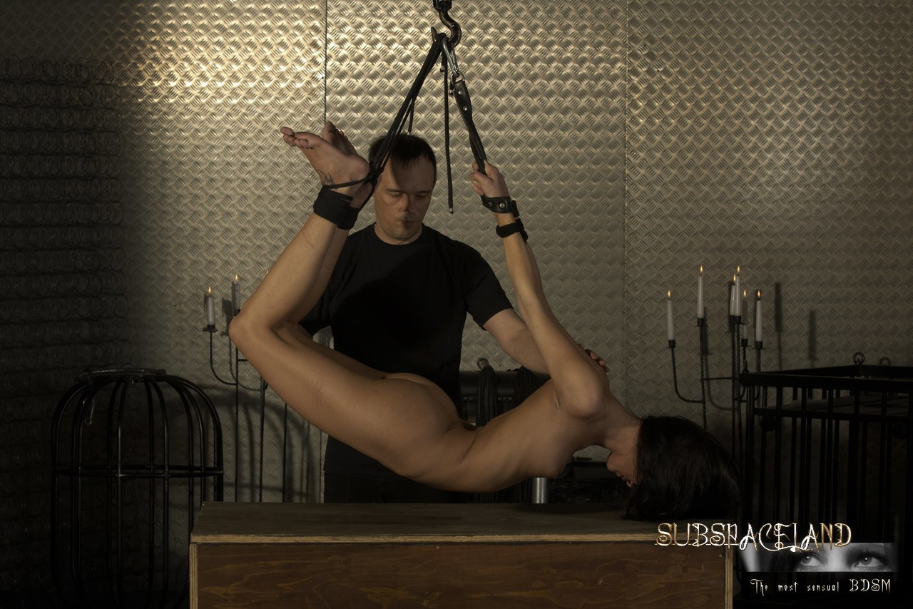 ... Bondage babe Vicky swallows her master's cum after whipping session ...