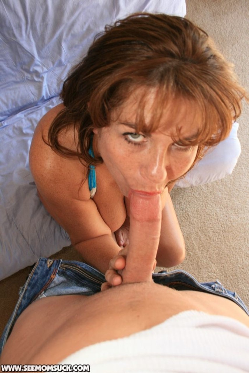 Cougar Mrs. Valentina brings cock to orgasm with big boobs ...