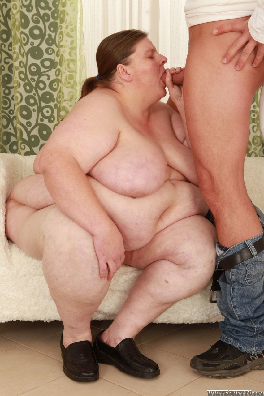 Indian fat lady fucking with son porn pics