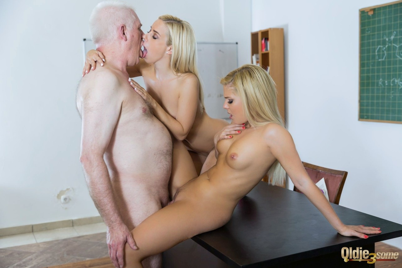 Blonde students Candee Licious and Nesty have sex with old chemistry teacher