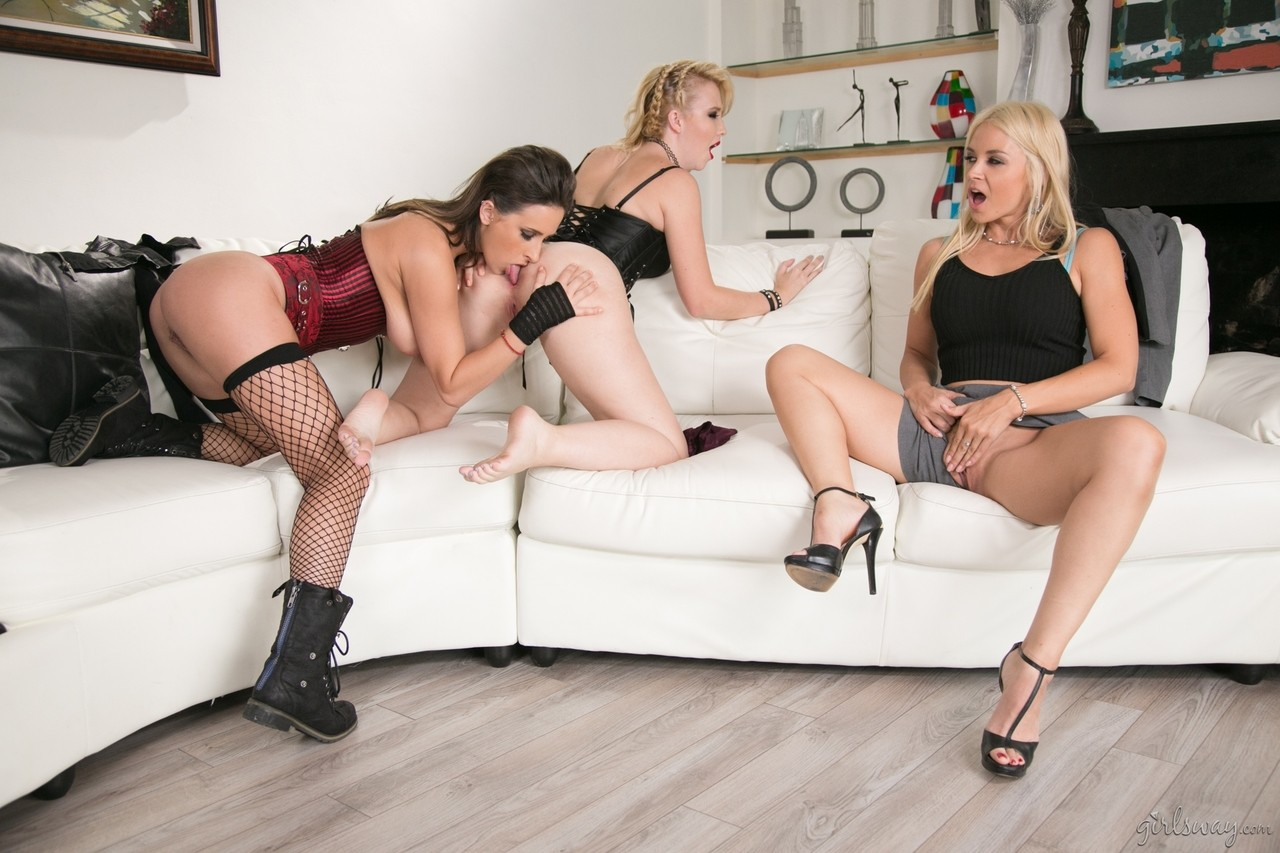 3 girls get together for what quickly turns into a lesbian threesome