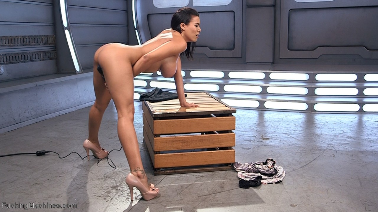 Luna star fucking machine