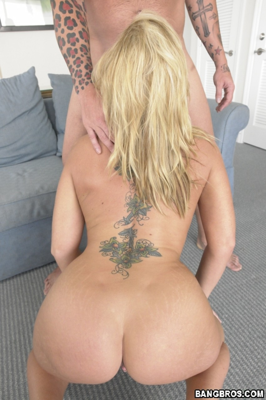 Reverse Cowgirl Anal Fingering