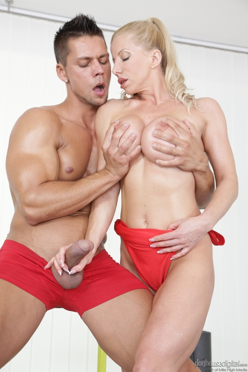 Blonde Big Tits Riding Hd
