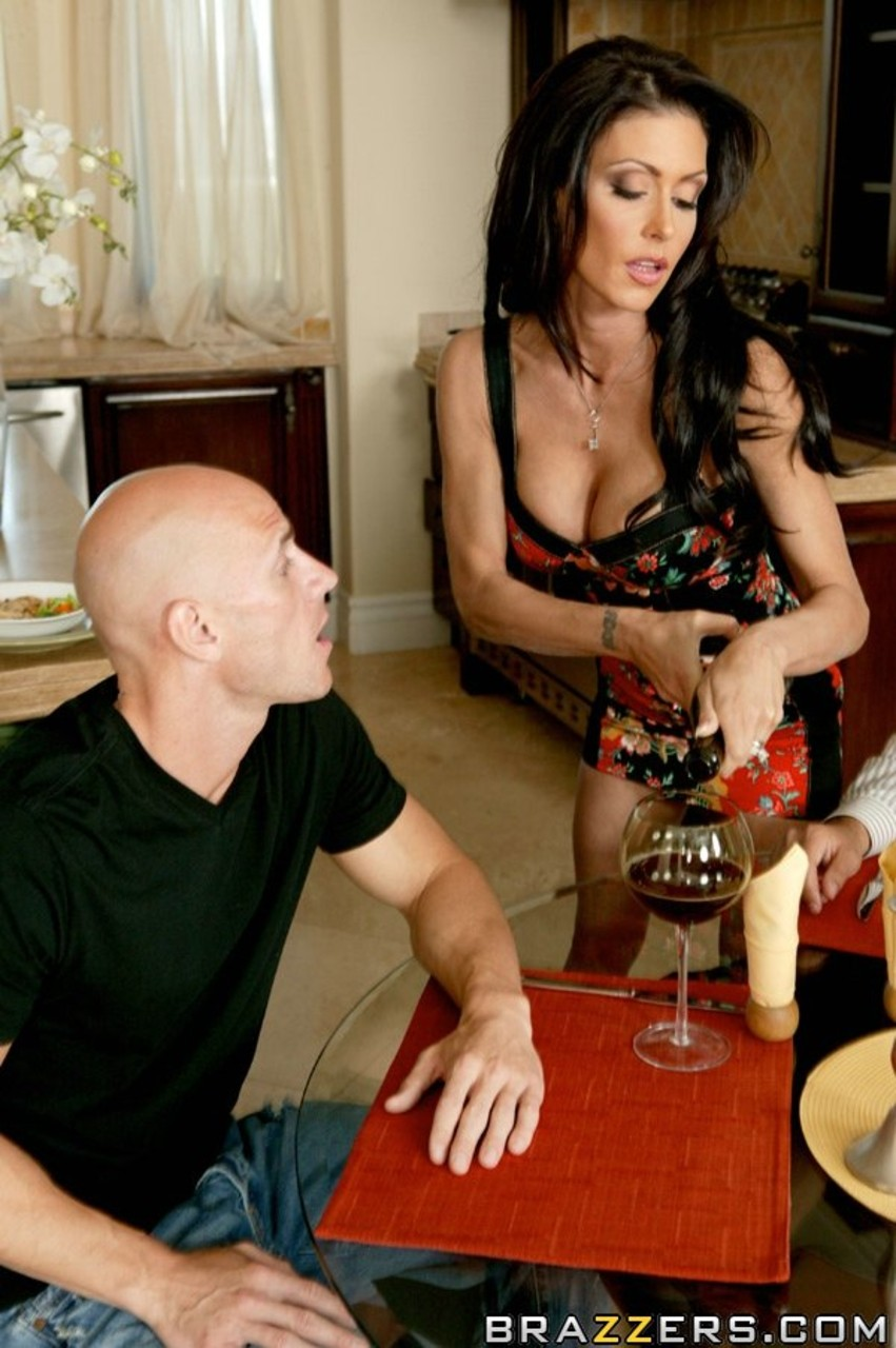 Black haired MILF Jessica Jaymes gives brother-in-law kitchen blowjob  bang