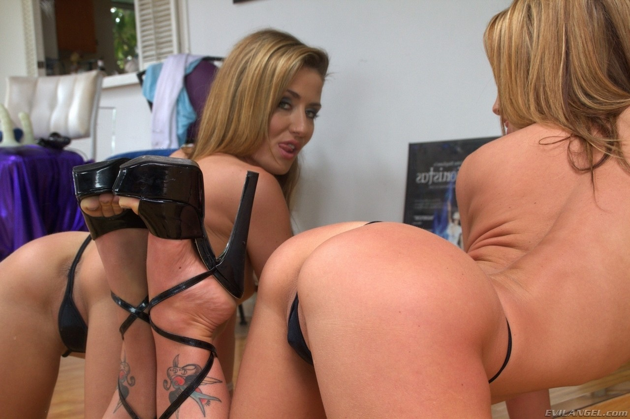 Skinny white chick Sheena Shaw watches herself in mirror while removing thong