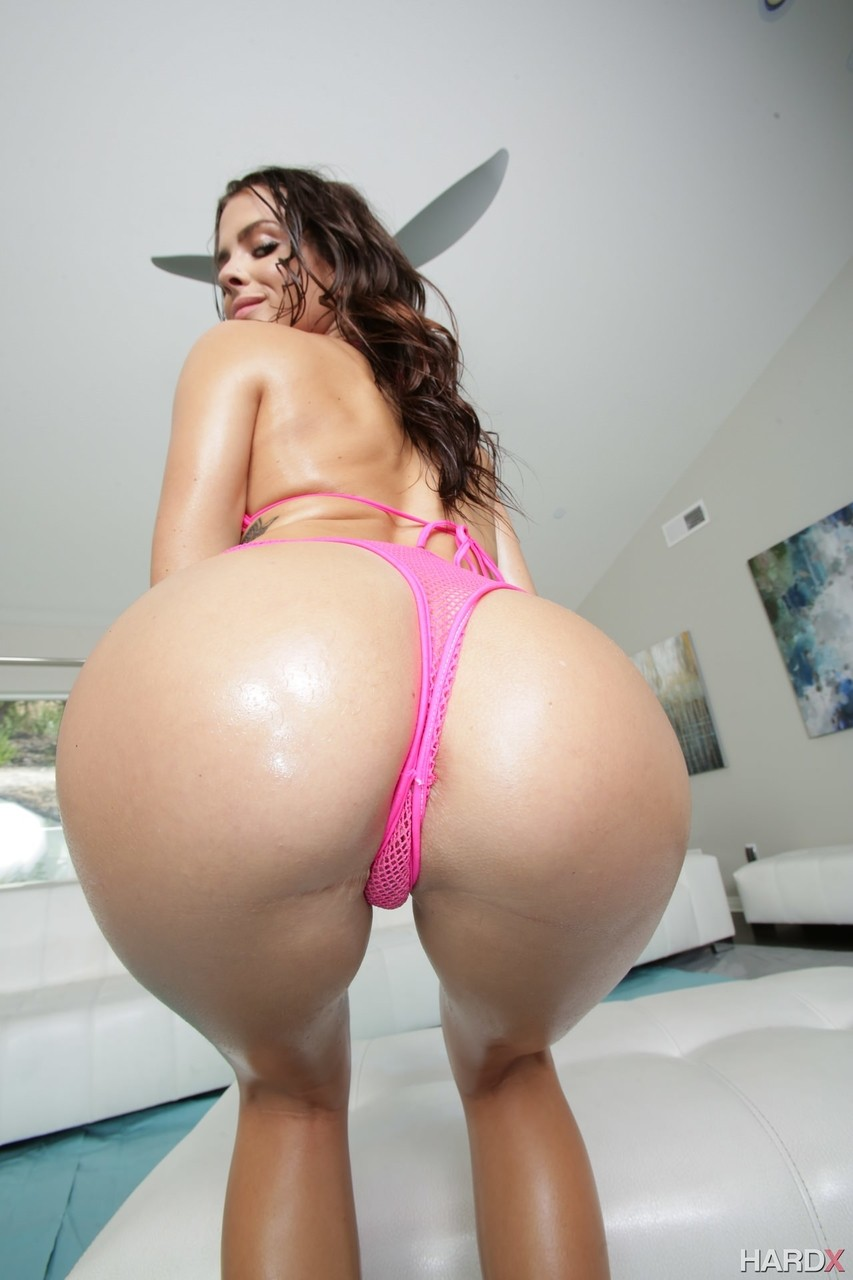 Sultry brunette Keisha Grey does hardcore anal covered head to toe in oil