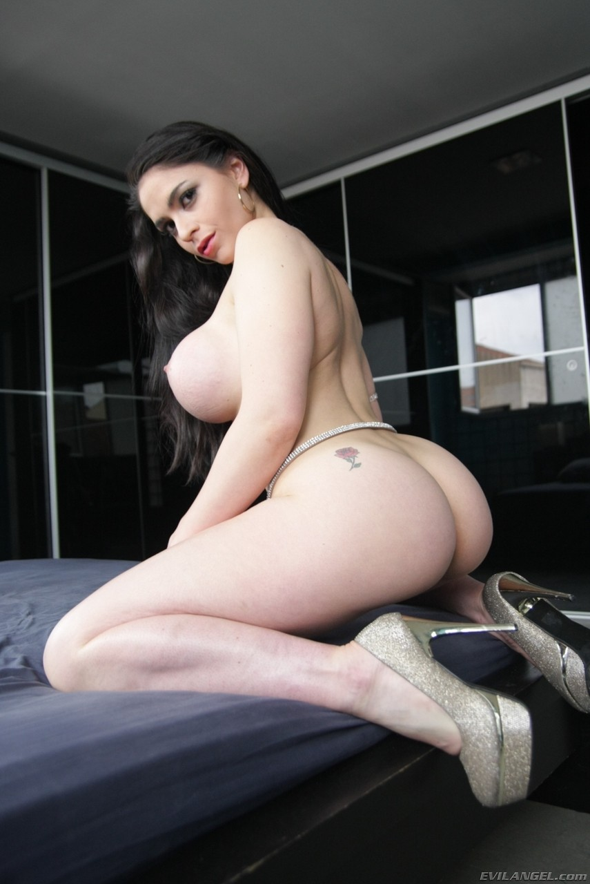 Sultry Spanish model Marta La Croft sets her big tits and sexy ass loose