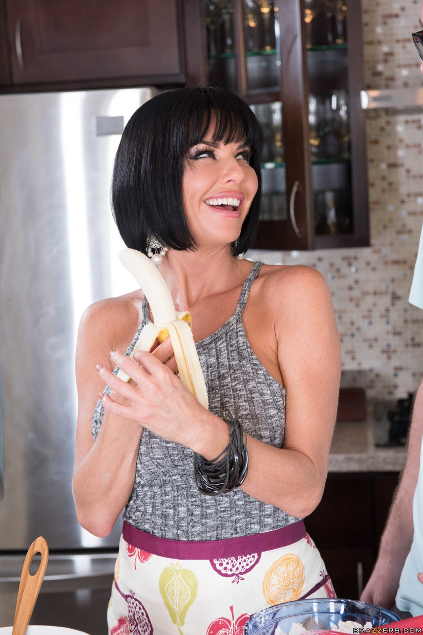 Huge titted mature Veronica Avluv screwed after titjob and blowjob