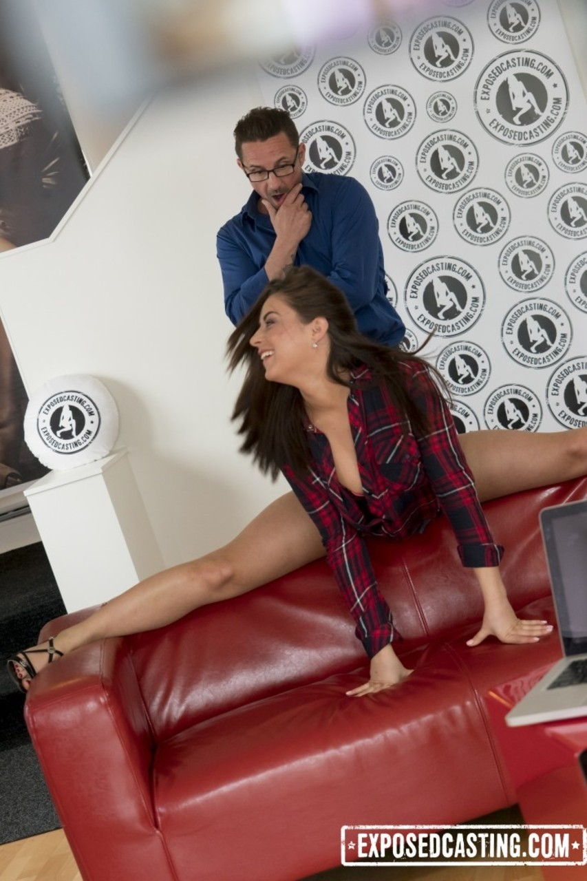 Beautiful girl Nikki Waine from Ukraine is fucked in shaved cunt at casting