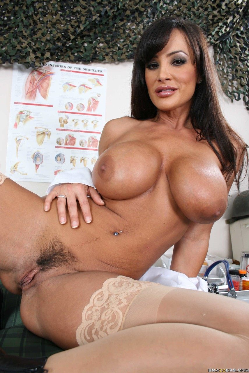 Julia Ann Lisa Ann