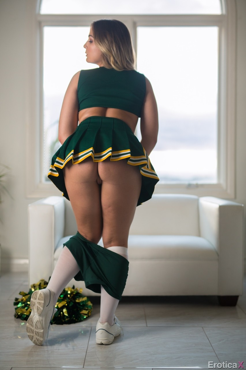 Blair Williams puts on cheerleader uniform to spice up sexual life
