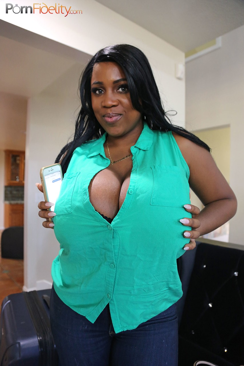 Ebony pornstar Maserati XXX with huge knockers is perfect