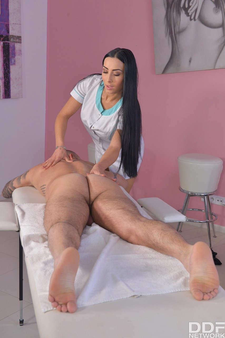 Hot bodied masseuse Anna Rose gets naked to stroke cock with hands & lips