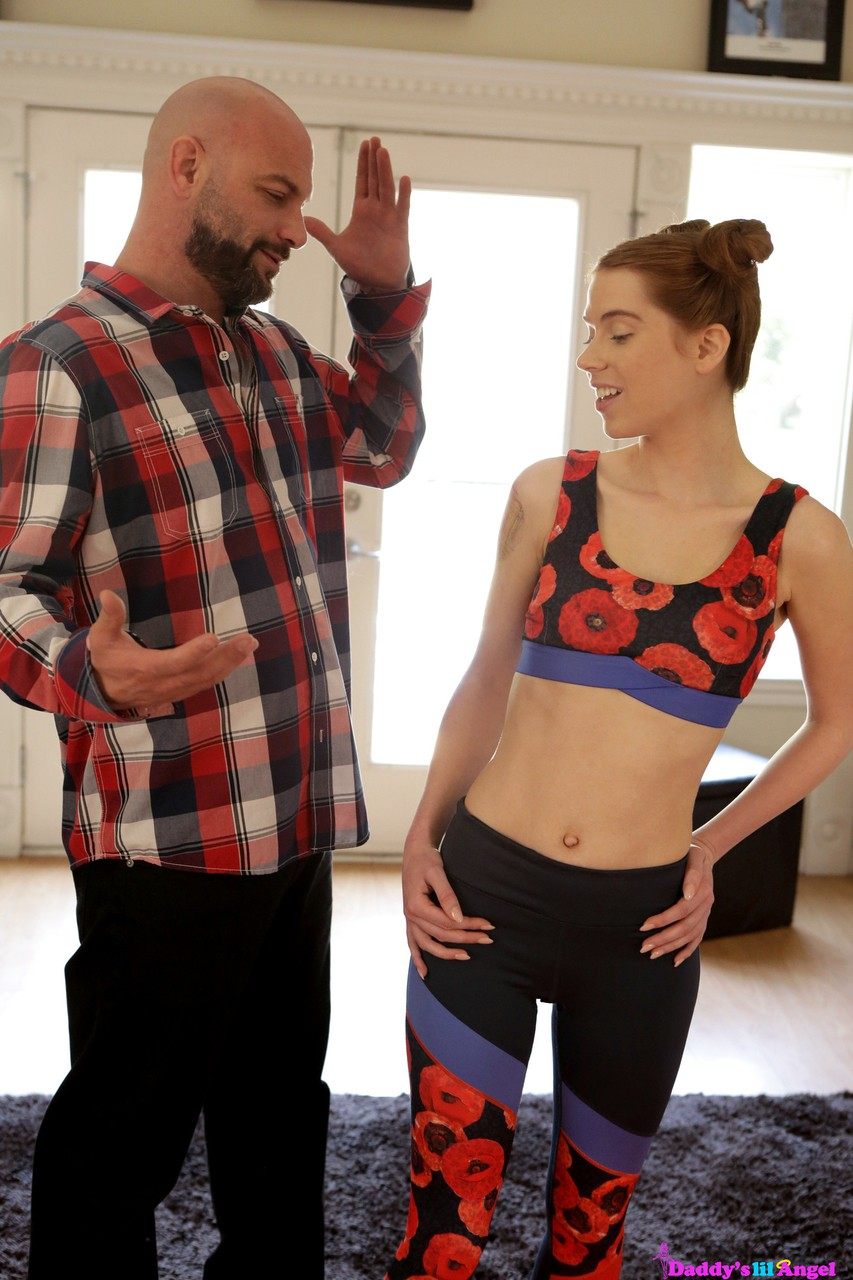 Stepdaughter Pepper Hart in crotchless yoga pants gets ass banged by horny dad