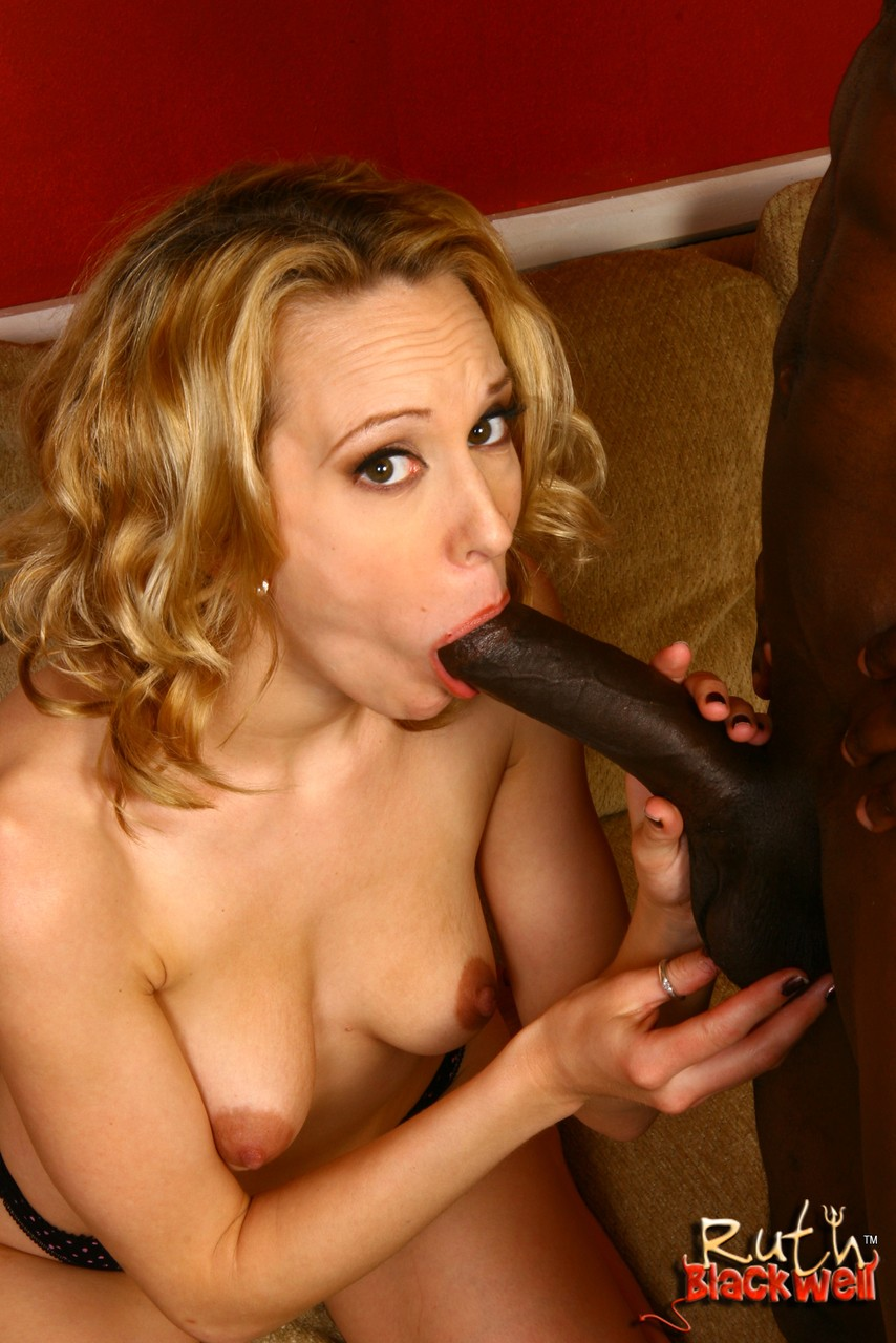 Nasty BBC lovers Cadence Calibre  Ruth Blackwell enjoy cum swallow in 3some