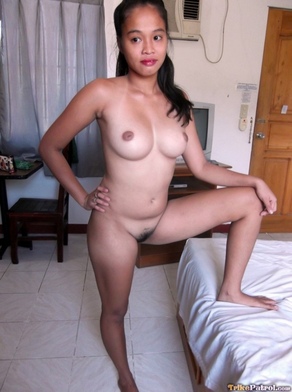 Pinay naked high quality pics