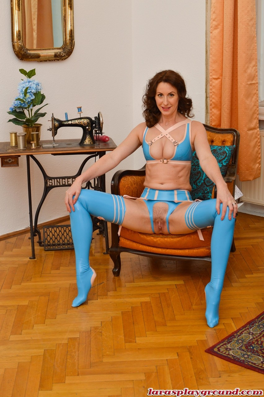latex hose crotchless