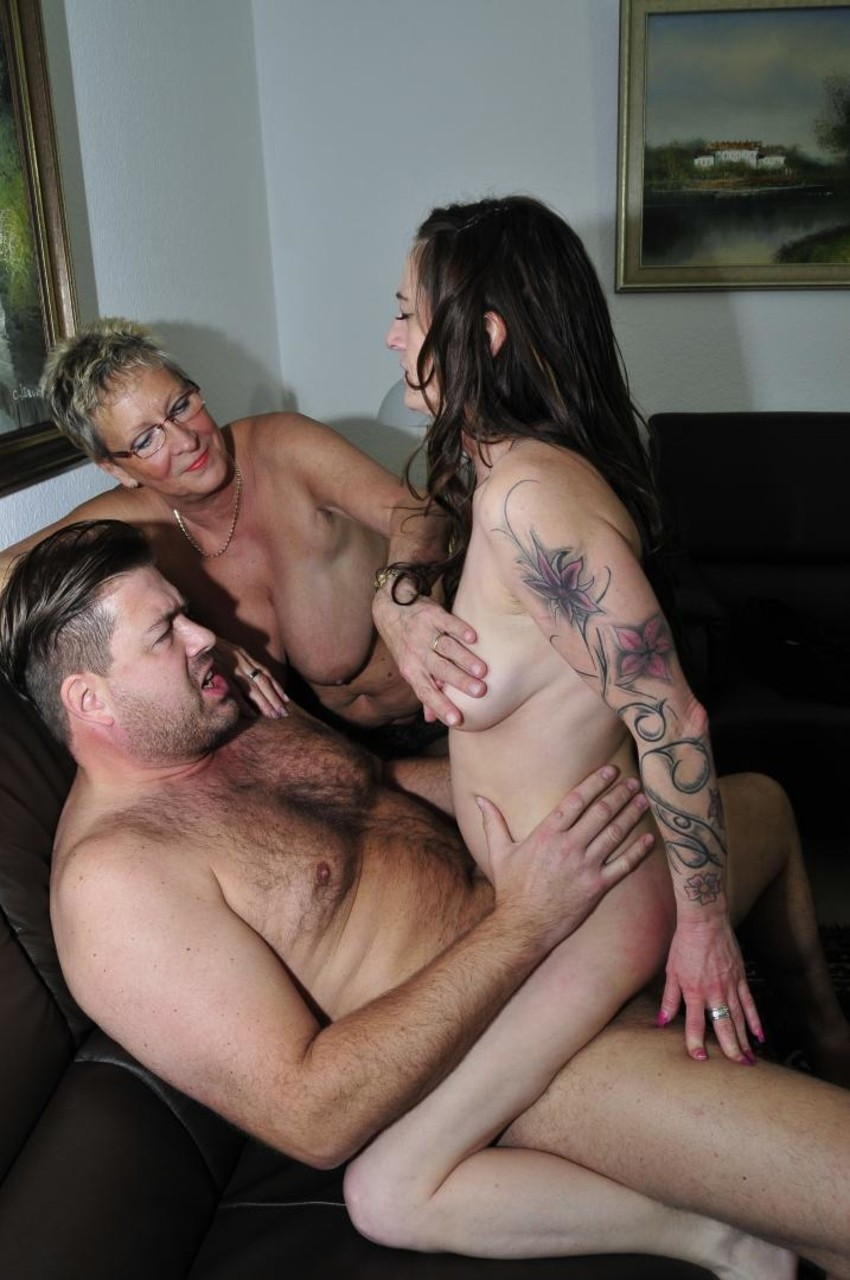 Amateur Threesome Ffm Black