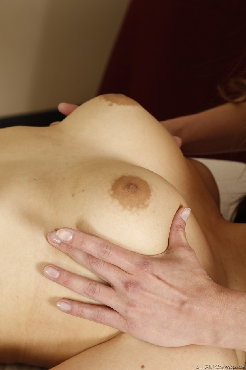 Lesbian cuties Sophia Jade and Amber Chase having fun in the massage parlor