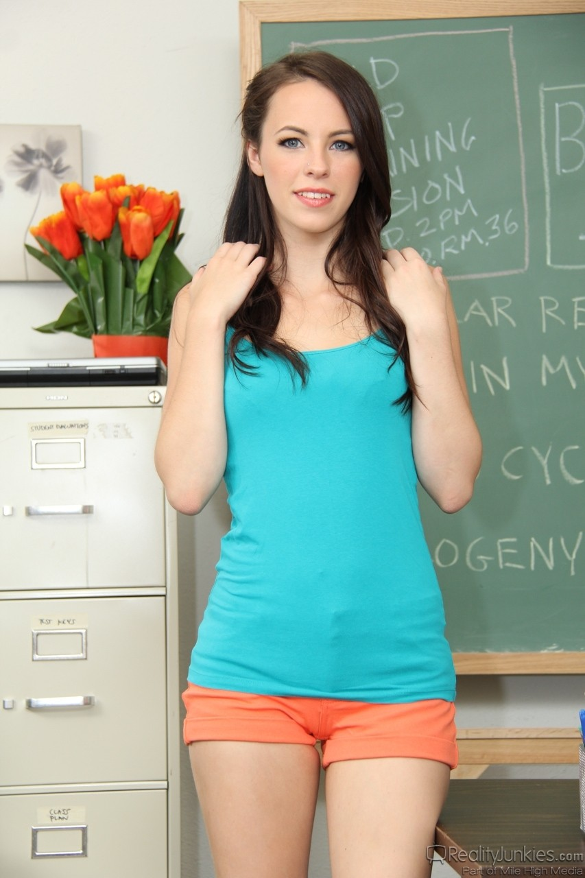 Skinny babe Veronica Radke exposing her naked body at the classroom