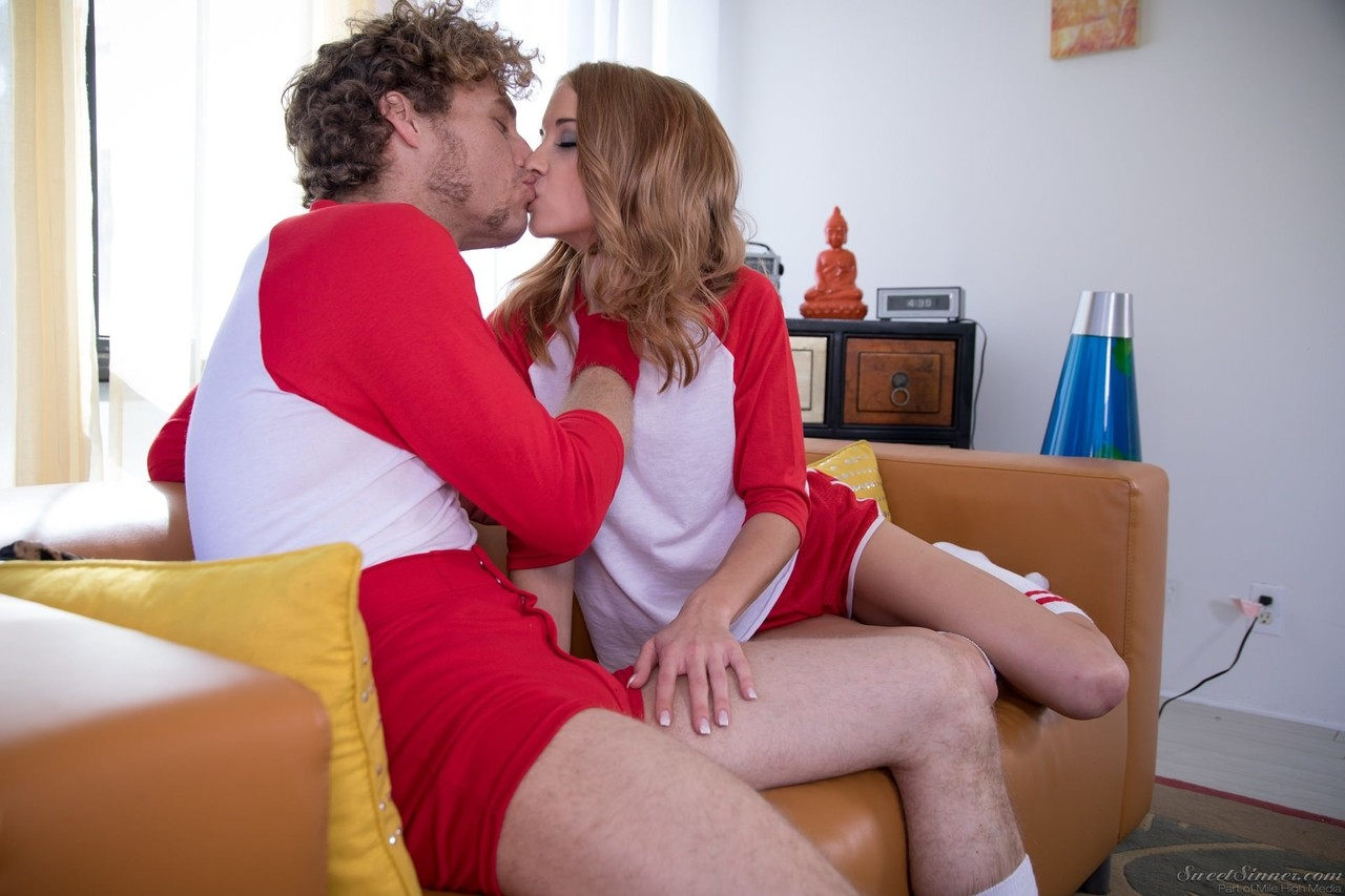 College chick Paisley Rae is pleasures by a hard dick in her room
