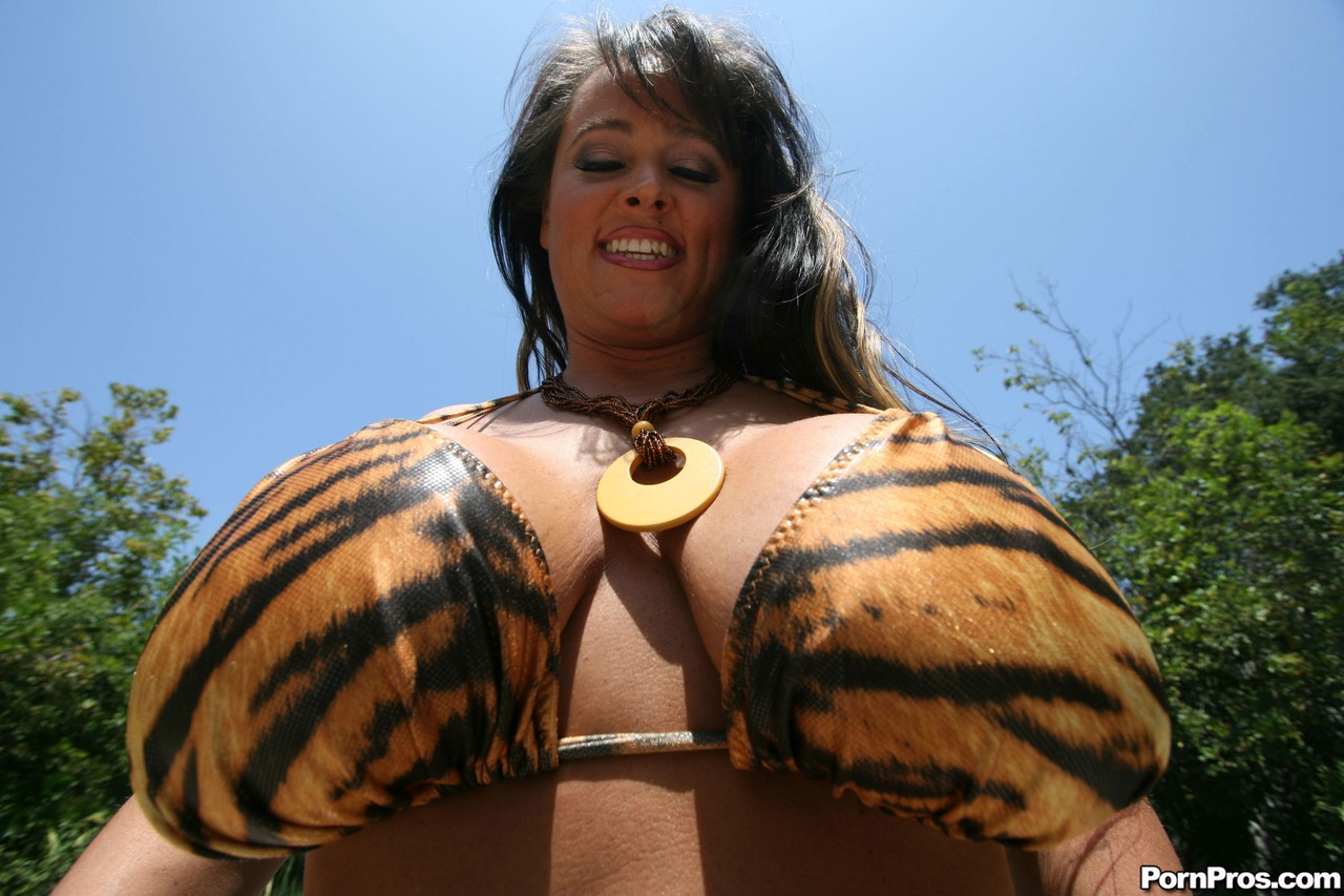 Voluptuous MILFs Indianna and Sara Jay revealing their monster tits poolside