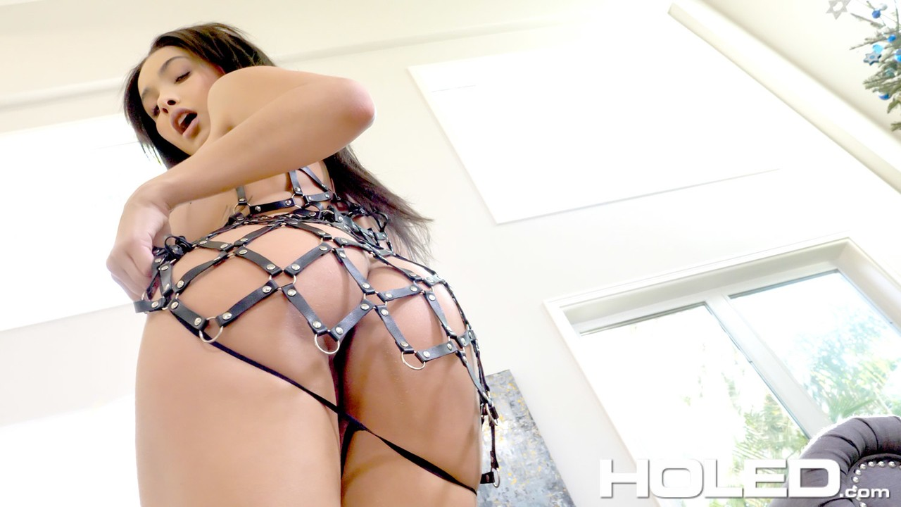 Ebony anal slut Aaliyah Hadid gets her ass banged in POV with creampie ending