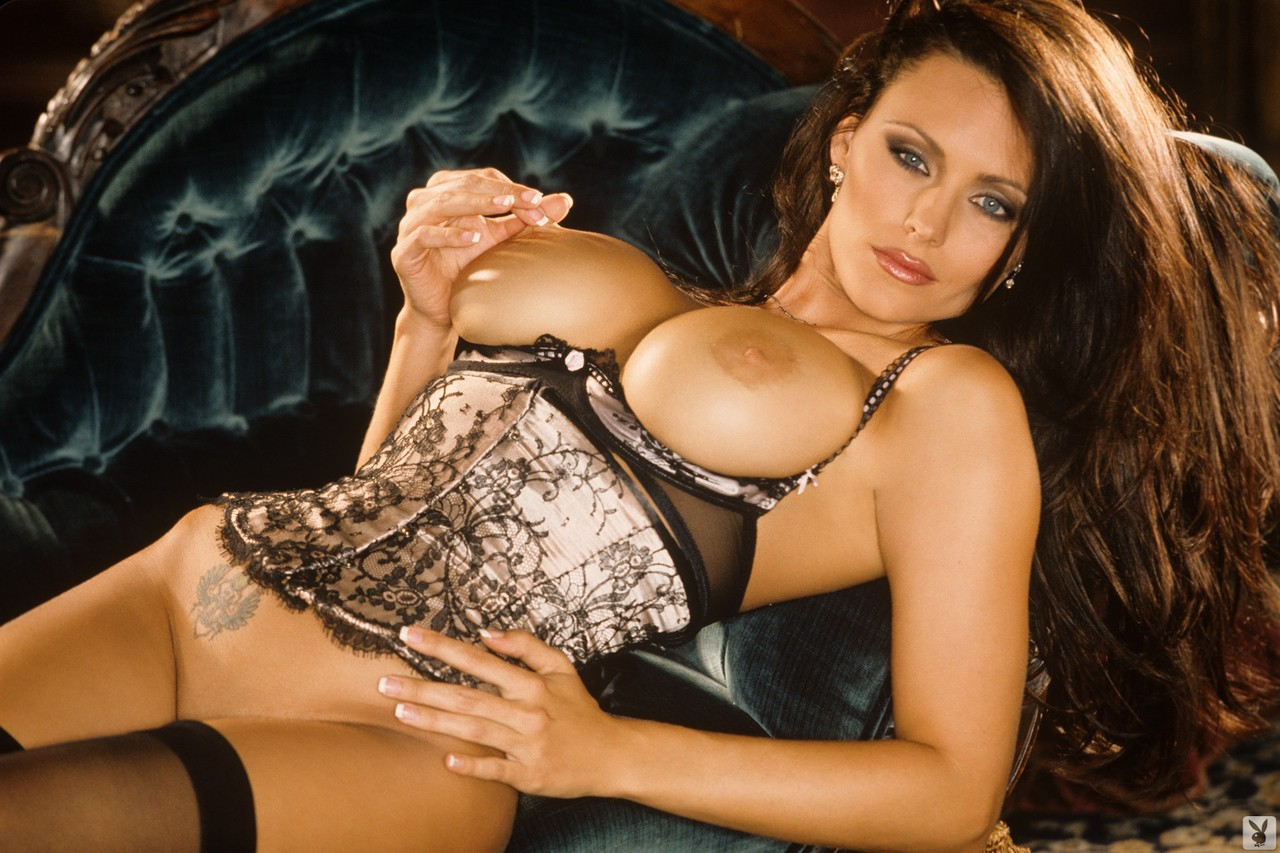 Superb big breasted MILF Aliya Wolf posing in provocative lingerie