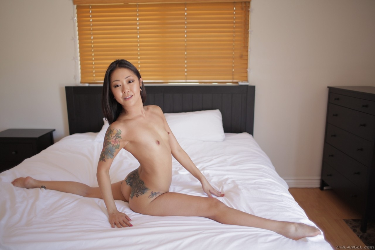 Brunette Asian with a skinny body Saya Song showing her tight ass