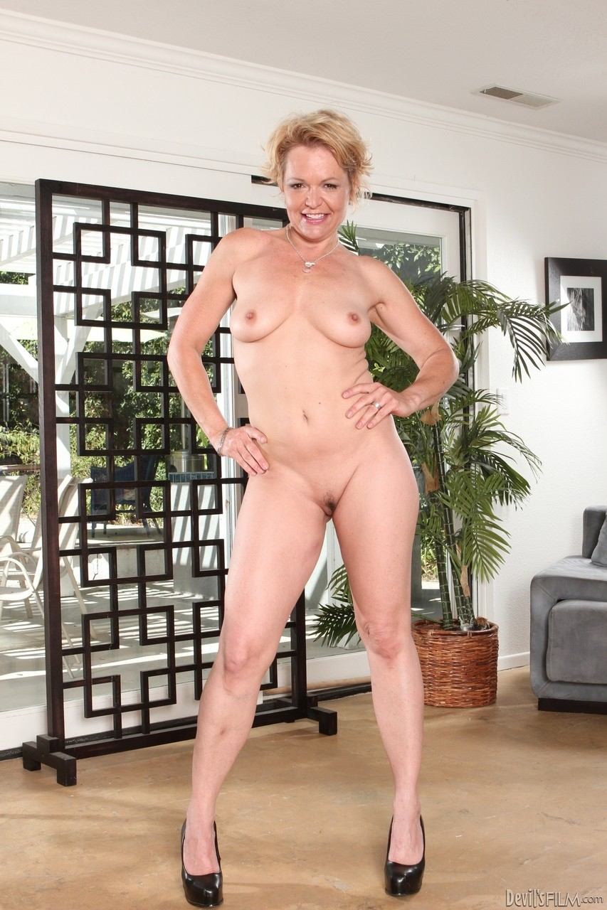 Horny mature does a sassy striptease to seduce daughters BF for anal sex