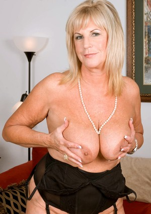 Thick older woman Anneke Nordstrum cheats on her husband with a younger man
