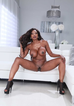 Black solo girl Diamond Jackson shows off her great legs before stripping